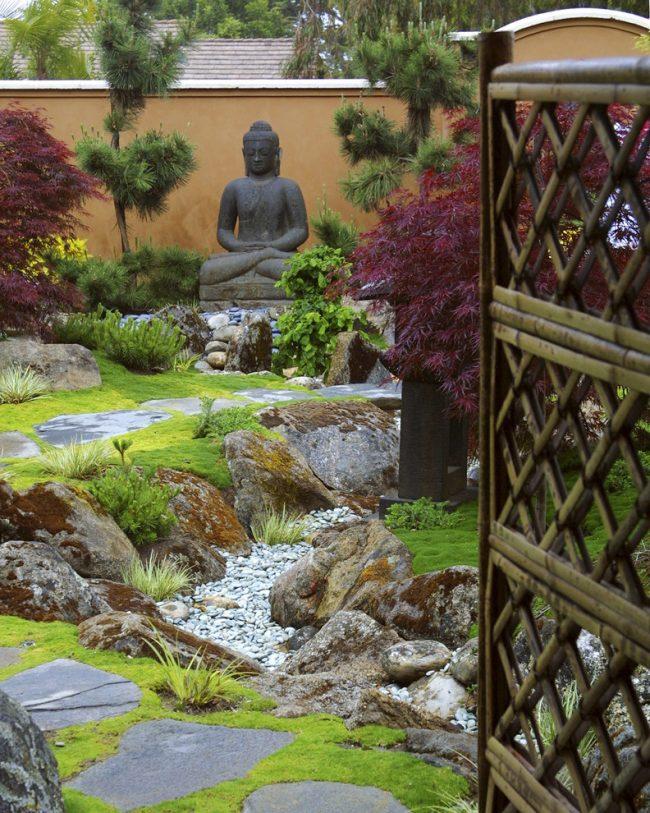Правила фен-шуй помогут сделать ваш сад в восточном стиле более гармоничным