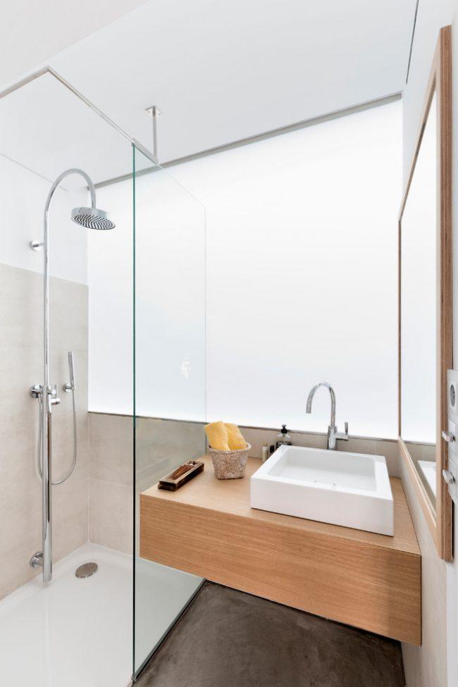При правильной планировке даже маленькая ванная комната может стать уютной