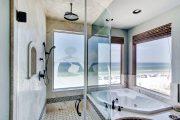Фото 11 Дизайн небольшой ванной: как использовать пространство и 80+ функционально продуманных интерьеров