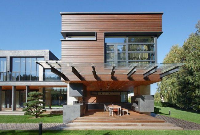 Современный дом из бруса в стиле модерн