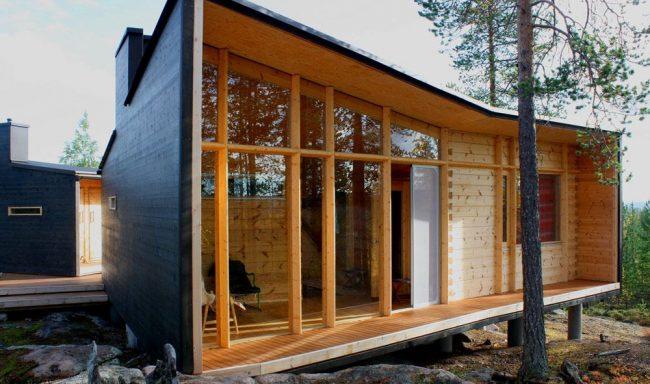 Минималистичный одноэтажный дом из бруса