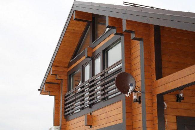 Современный дом из клееного бруса с мансардой