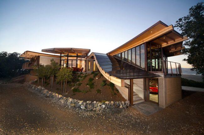 Дом из бруса по индивидуальному проекту в стиле фьюжн