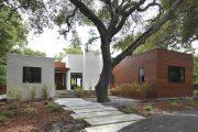 Фото 9 Фасадные панели для наружной отделки дома: разновидности и 80 практичных решений для стильного экстерьера