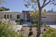 Фото 32 Фасадные панели для наружной отделки дома: разновидности и 80 практичных решений для стильного экстерьера