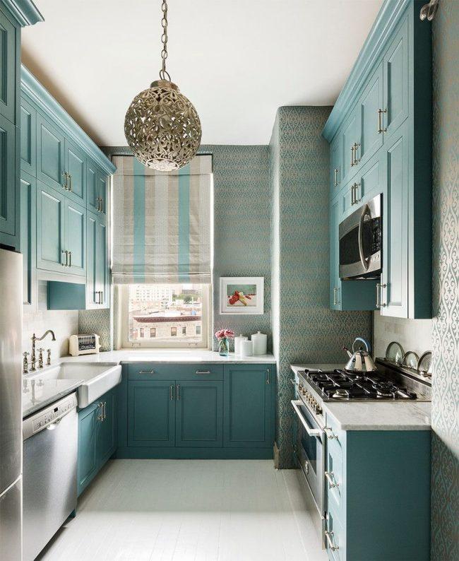 Маленькая картинка в тон основного цвета кухни