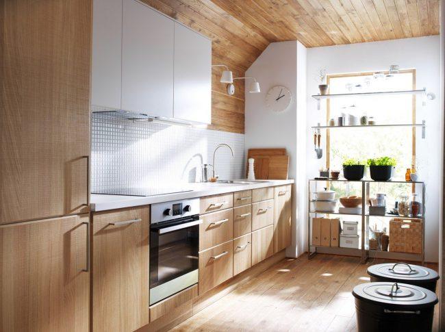 Линейная планировка на кухне IKEA