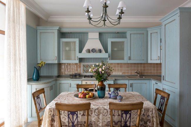Прованский стиль в оформлении небольшой кухни