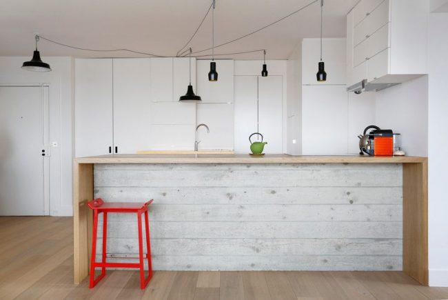 Минималистичный белый цвет в интерьере кухни в скандинавском стиле