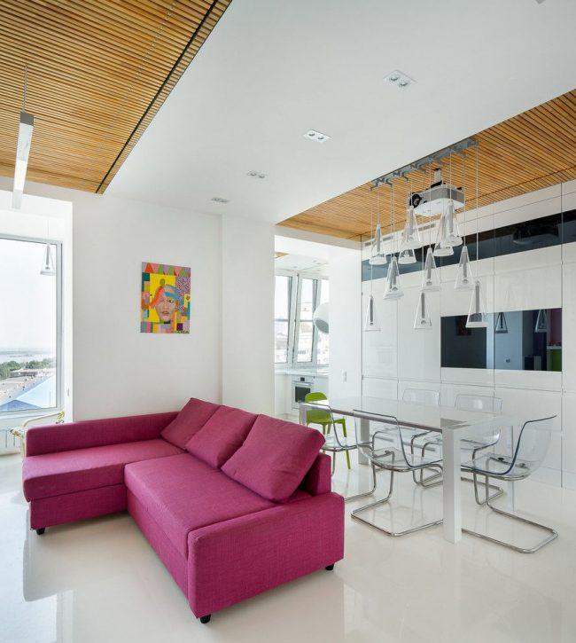 Кухня-студия совмещенная с балконом