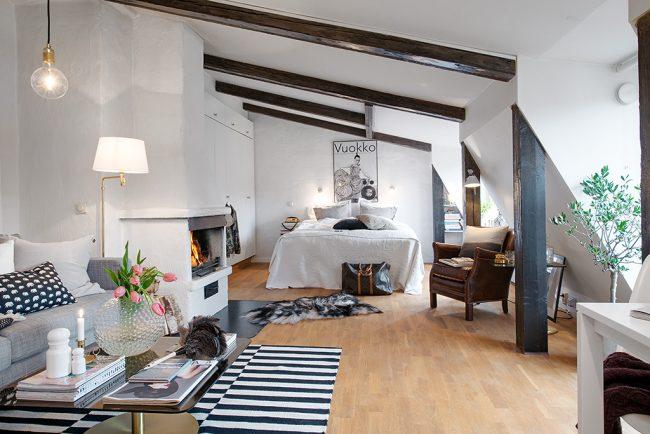 Средиземноморский стиль в оформлении однокомнатной мансардной квартиры