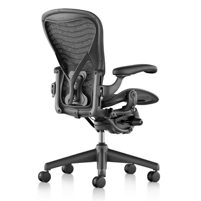 Ортопедическое компьютерное кресло с возможностью регулировки по высоте