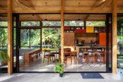 Фото 34 Отделка внутри деревянного дома: рекомендации по выбору материалов и 70 теплых и эстетичных решений