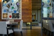 Фото 1 Отделка внутри деревянного дома: рекомендации по выбору материалов и 70 теплых и эстетичных решений