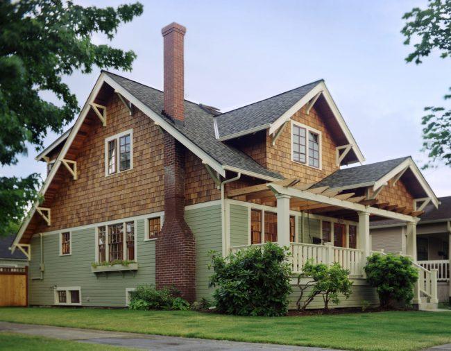 Одноэтажный дом с мансардой - отличное решение для дачного участка