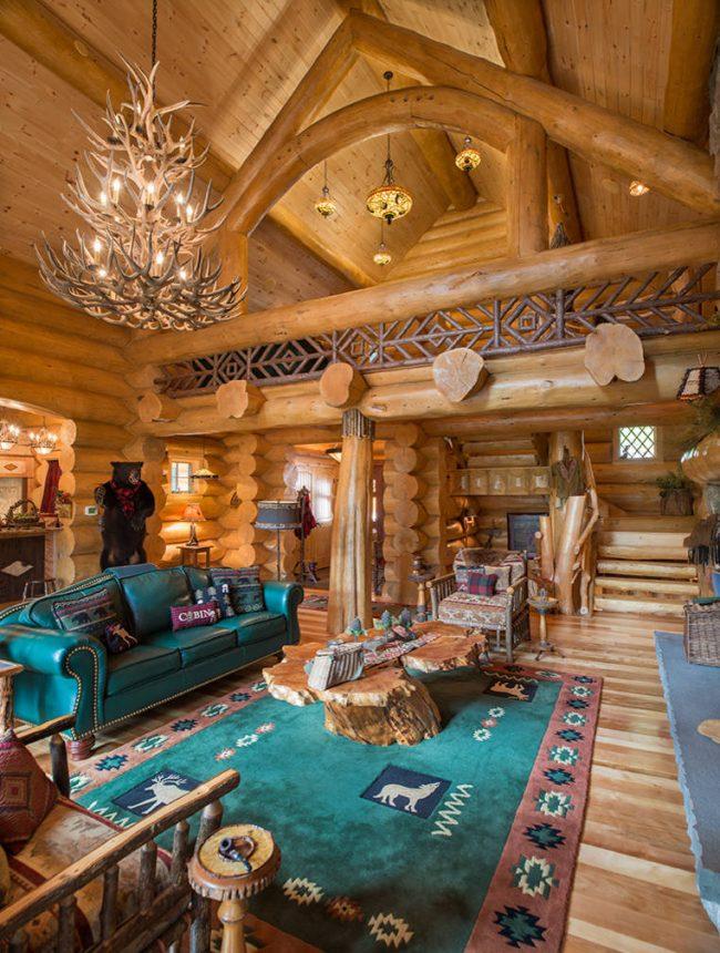 Интерьеры домов из бревна не перестают удивлять своей красотой