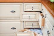 Фото 23 Системы хранения для кухни: 80 функциональных трендов, когда комфорт и дизайн неразделимы
