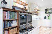 Фото 16 Системы хранения для кухни: 80 функциональных трендов, когда комфорт и дизайн неразделимы