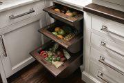 Фото 31 Системы хранения для кухни: 80 функциональных трендов, когда комфорт и дизайн неразделимы