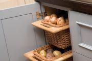 Фото 34 Системы хранения для кухни: 80 функциональных трендов, когда комфорт и дизайн неразделимы