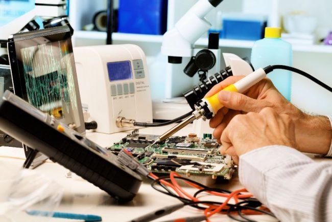 Стабилизатор напряжения поможет сэкономить на походах в мастерскую по ремонту бытовой техники