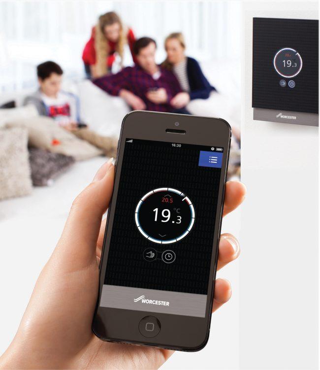 Технический прогресс позволяет управлять системой отопления через мобильные устройства