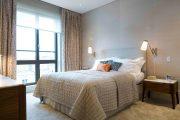 Фото 24 Занавески в спальню: обзор трендовых новинок и 85+ эстетически совершенных идей для комнаты