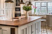 Фото 22 Барная стойка для кухни: материалы, особенности освещения и 75 элегантных интерьерных воплощений