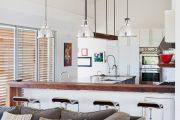 Фото 27 Барная стойка для кухни: материалы, особенности освещения и 75 элегантных интерьерных воплощений