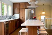 Фото 28 Барная стойка для кухни: материалы, особенности освещения и 75 элегантных интерьерных воплощений