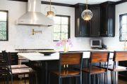 Фото 38 Барная стойка для кухни: материалы, особенности освещения и 75 элегантных интерьерных воплощений