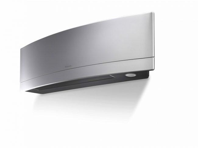 Инверторная система высшего качества, помимо других положительных моментов имеет систему мягкого осушения воздуха, инфаокрасные датчики на присутствие человека, а также недельное программирование таймера