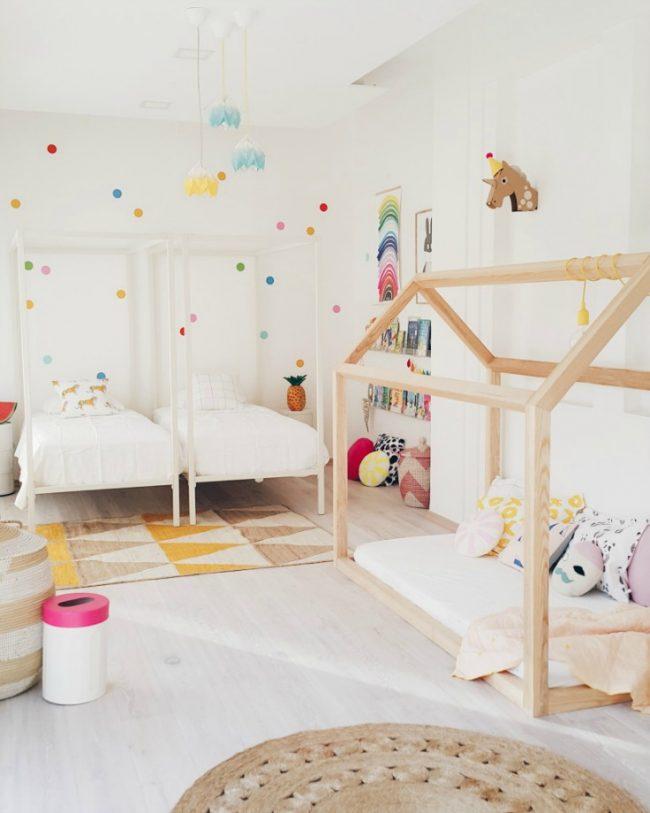 Общая игровая зона в детской дошкольного возраста