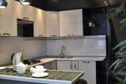 Фото 17 Дизайн кухни площадью 6 кв. м с холодильником: как оптимизировать пространство и 70 функциональных идей