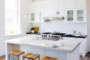 Фото 20 Дизайн кухни площадью 6 кв. м с холодильником: как оптимизировать пространство и 70 функциональных идей
