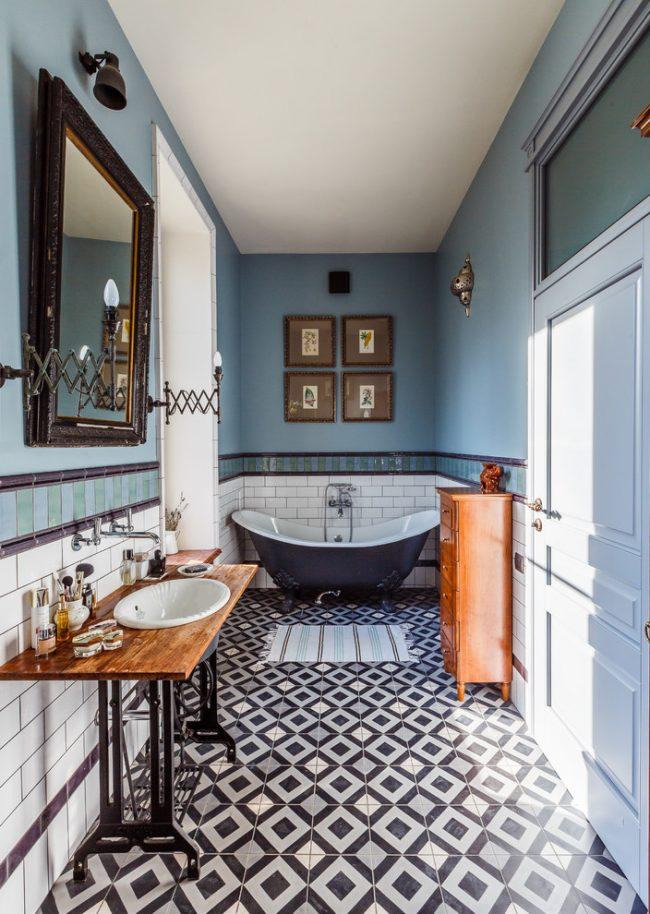 Узкая ванная комната в стиле эклектик