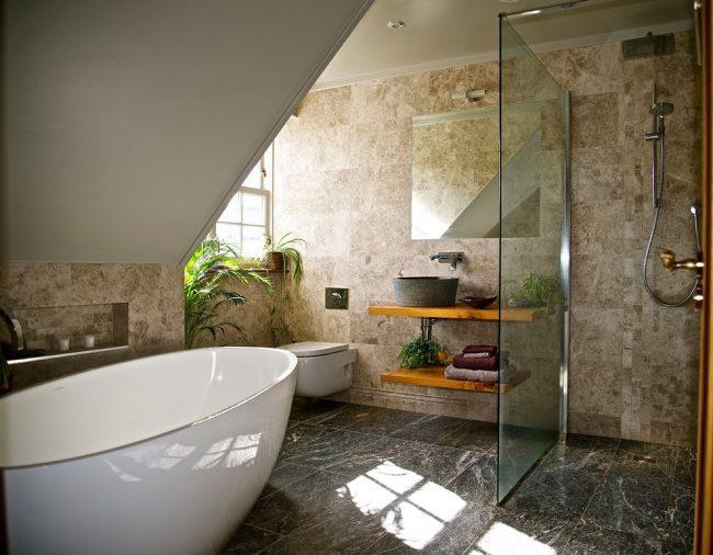 Использование керамогранита в отделке ванной комнаты