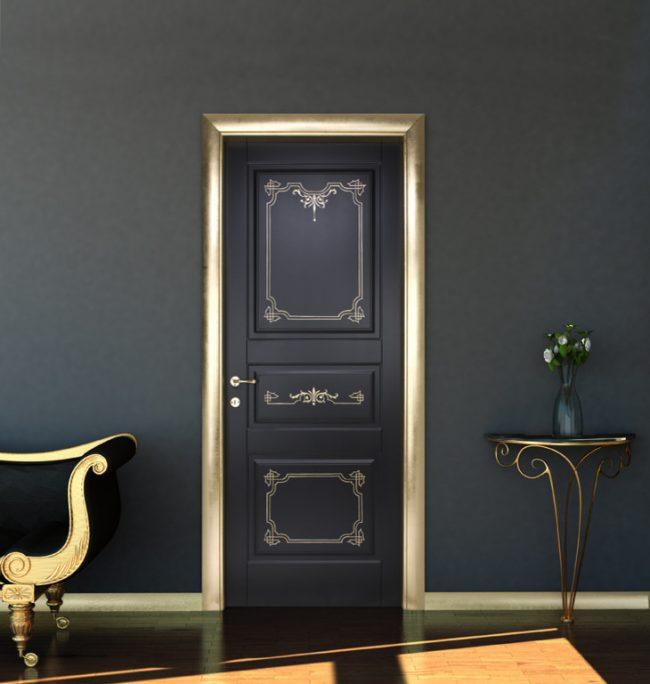 Двери в викторианском стиле с золотой росписью