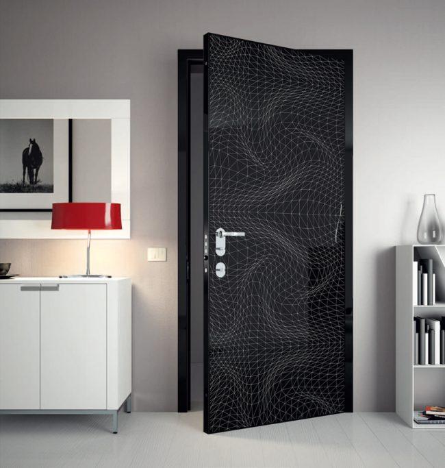 3D узор на контрастной черной двери