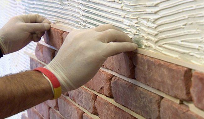 Имитация кирпичной стены на шпаклевке