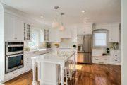 Фото 23 Классическая белая кухня: эстетика минимализма и 85 совершенных в своей простоте вариантов