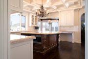 Фото 37 Классическая белая кухня: эстетика минимализма и 85 совершенных в своей простоте вариантов