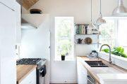 Фото 12 Белая кухня с деревянной столешницей: 70 лучших реализаций в стиле контемпорари, кантри и минимализм