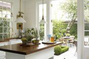 Фото 28 Белая кухня с деревянной столешницей: 70 лучших реализаций в стиле контемпорари, кантри и минимализм