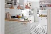 Фото 40 Белая кухня с деревянной столешницей: 70 лучших реализаций в стиле контемпорари, кантри и минимализм