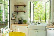 Фото 45 Белая кухня с деревянной столешницей: 70 лучших реализаций в стиле контемпорари, кантри и минимализм