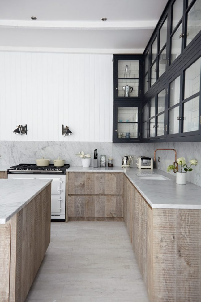 Фасад кухни из эко-сырья придаст кухне натуральности и оригинальности