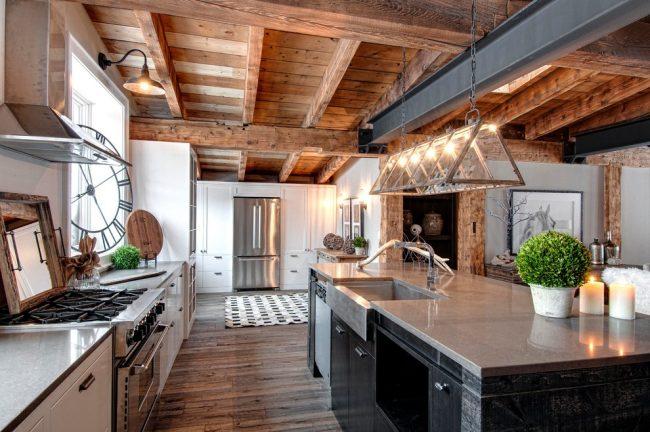 Наличие рабочего треугольника - очень важная деталь при оформлении пространства кухни
