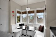 Фото 2 Кухонный уголок с ящиками для хранения: 70+ надежных и практичных моделей, которые комфортизируют интерьер кухни