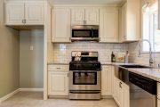 Фото 16 Маленькая кухня: тонкости оформления и 80+ максимально функциональных интерьеров